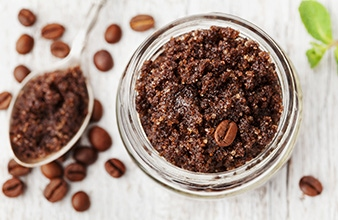DIY: Mocha Sugar Body Scrub
